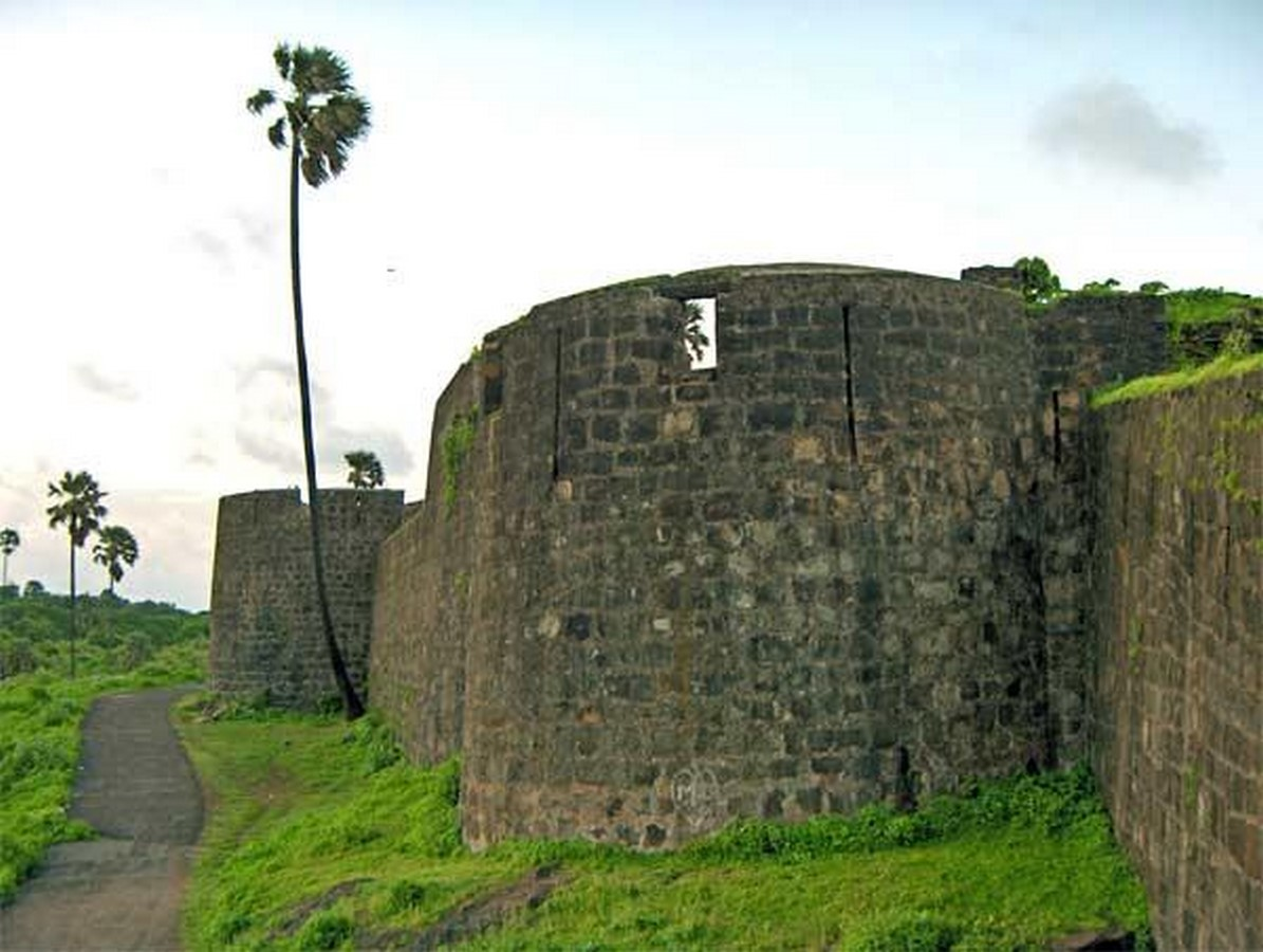 Remains of Indo-Portuguese Architectural Layer in Mumbai - Sheet1