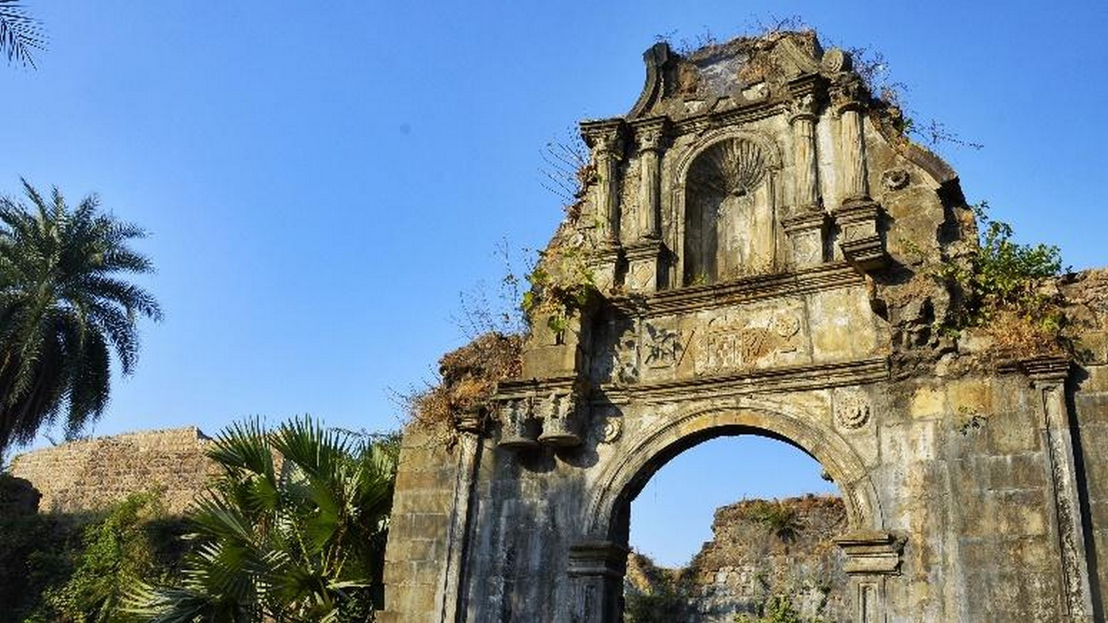 Remains of Indo-Portuguese Architectural Layer in Mumbai - Sheet6
