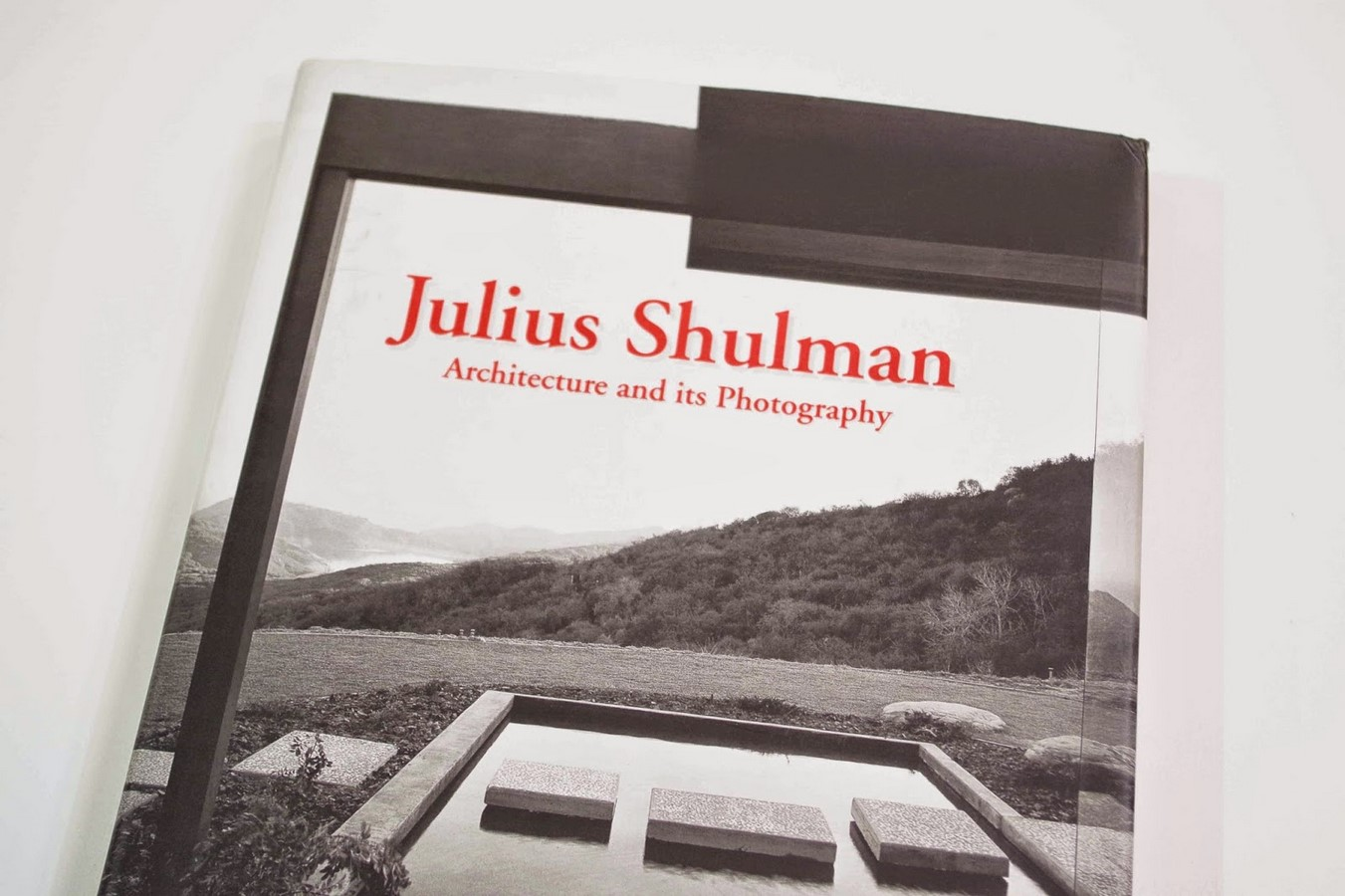 List of 10 books related to Architectural Photography - Sheet7