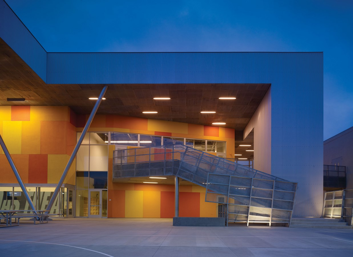 ST THOMAS SCHOOL, K-8, LOS ANGELES, CA - Sheet2
