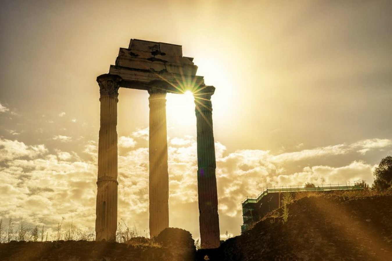 The Roman Forum, Rome: Heritage stuck in time - Sheet8