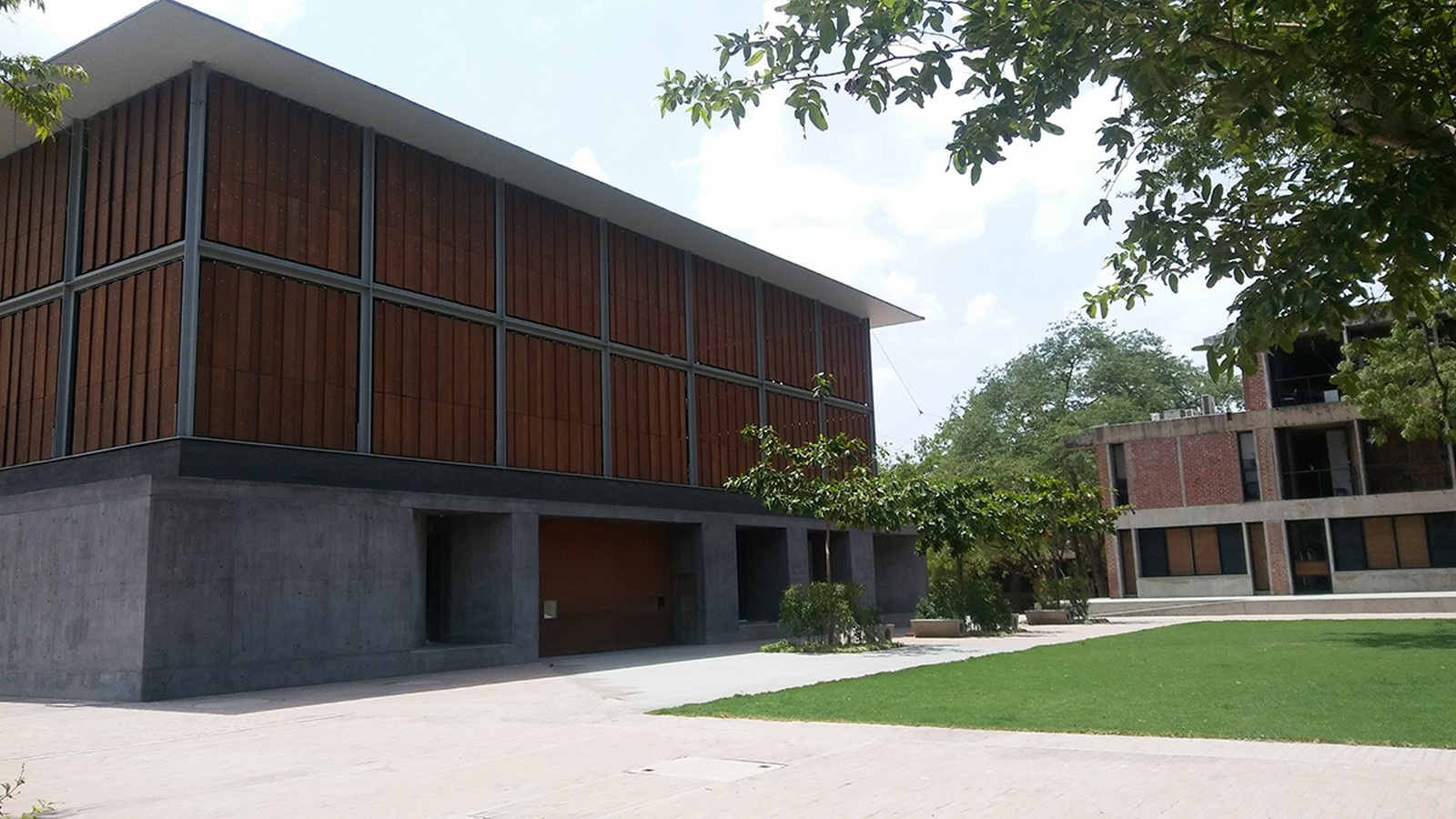 The CEPT University Library, Ahmedabad by Rahul Mehrotra: Spaces within the spaces - Sheet7