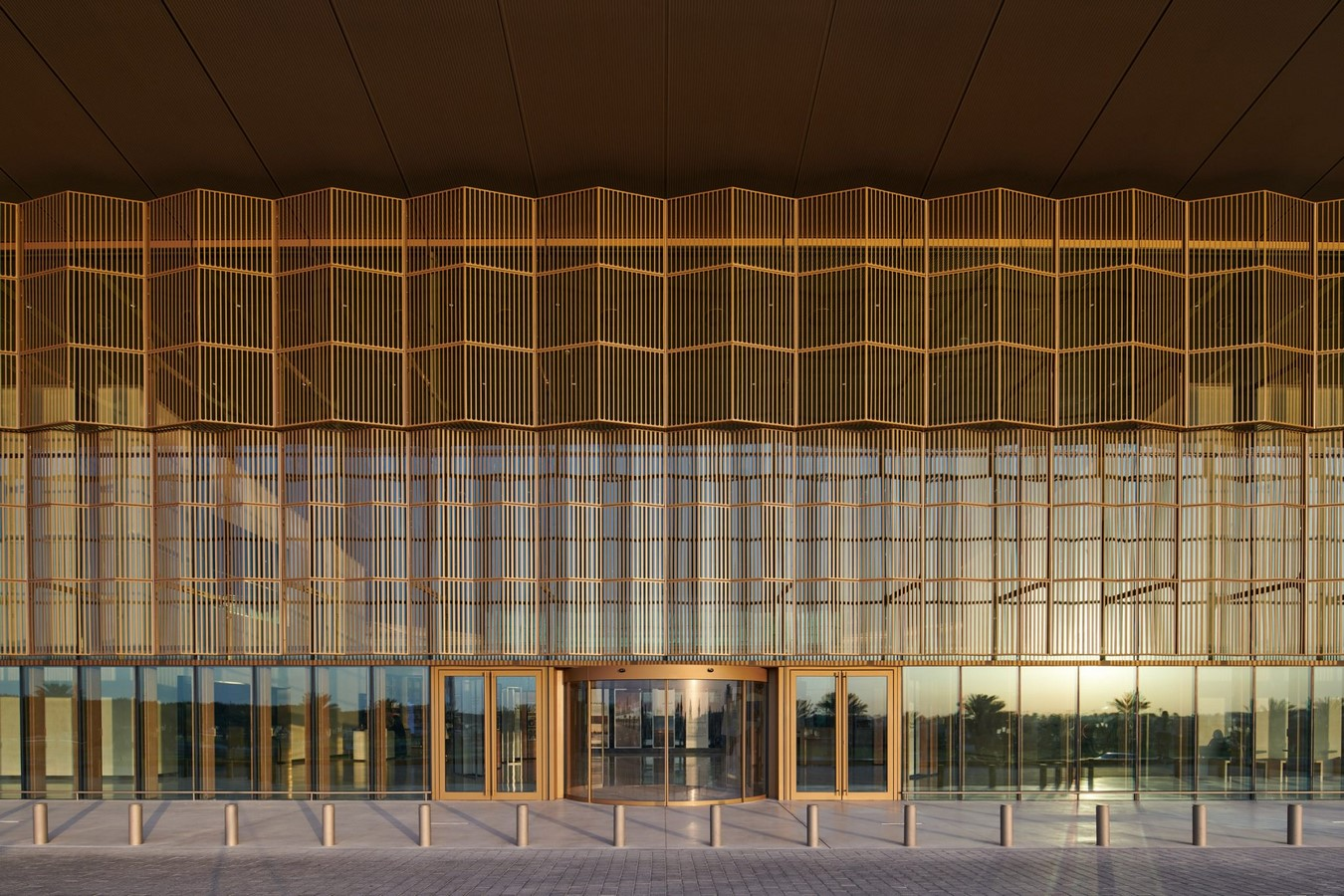 New Library And Culture Centre With Large Floating Roof In Sharjah completed by Foster + Partners - Sheet2