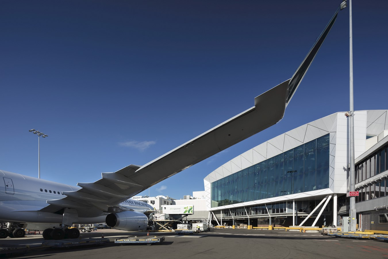 Sydney International Airport Marketplace by Cox Architecture - Sheet2