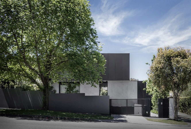 Kooyongkoot Road Residence by B.E Architecture - Sheet1