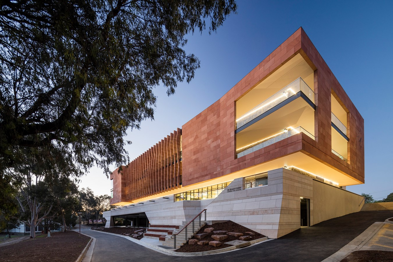Sir Zelman Cowen Centre for Science by Cox Architecture - Sheet3