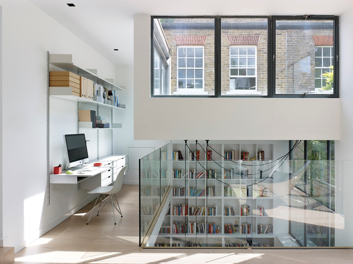 Project Name: Bloomsbury House Studio Name: Stiff + Trevillion Completion date: 2014 Location: London, United Kingdom Photography: Kilian O'Sullivan - Sheet2