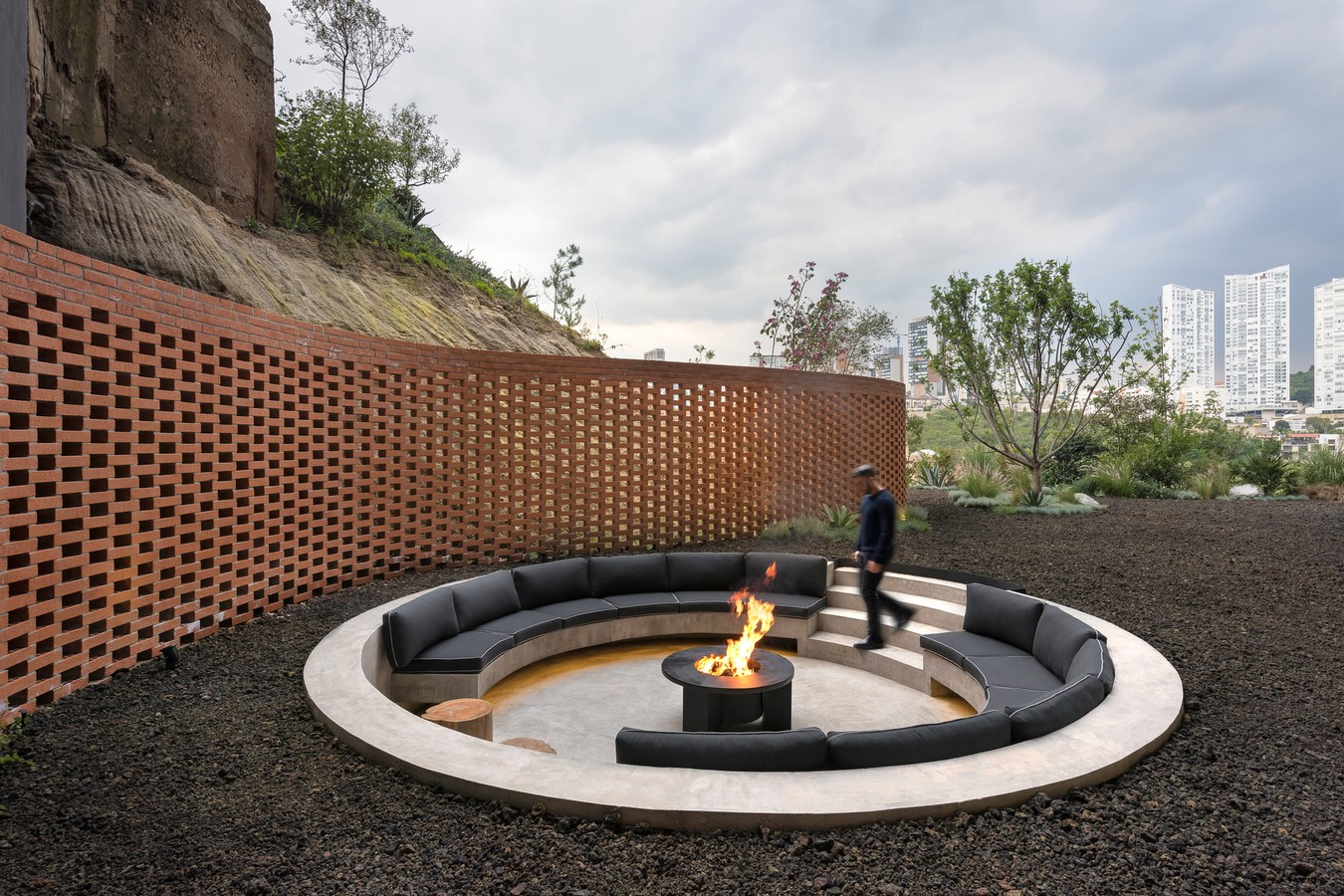 30 Examples of a conversation pit - Sheet23