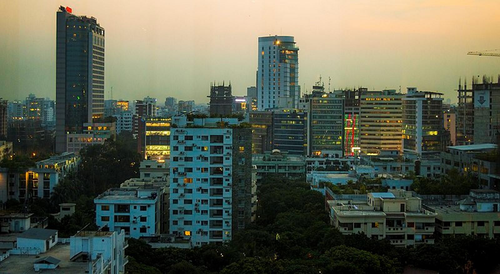 Walking through the streets of Dhaka - Sheet10
