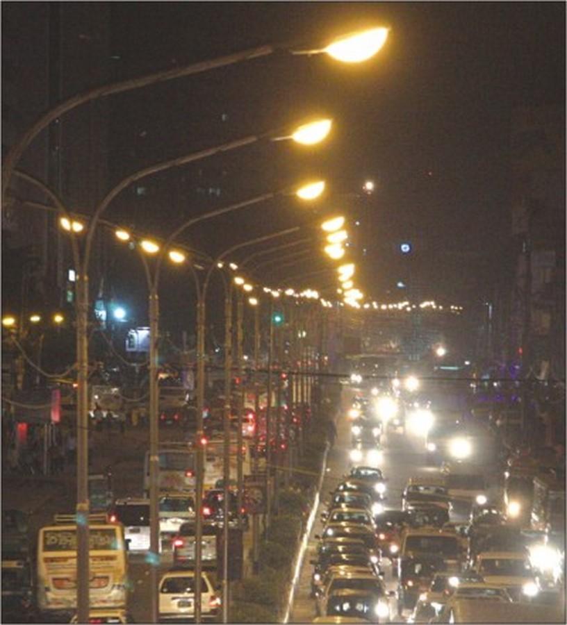 Walking through the streets of Dhaka - Sheet17