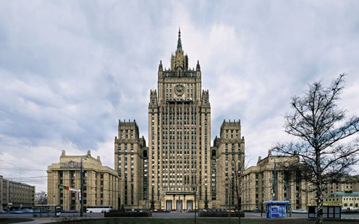 10 Things you did not know about the Stalinist architecture - Sheet6