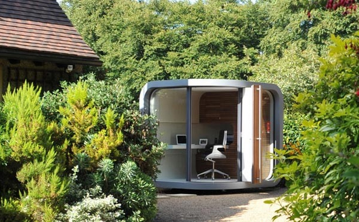 20 Futuristic homes ideas to invest in - Sheet2