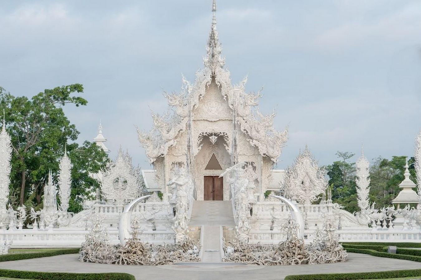 Temples to Visit Around the World for the Travelling Architect - Sheet12
