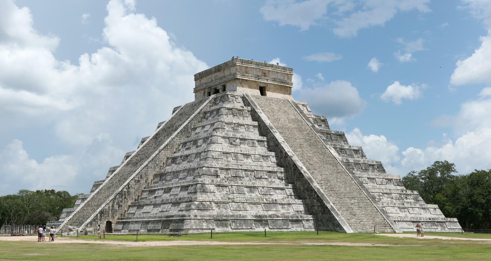 El Castillo, Chichen Itza, Mexico - Sheet1