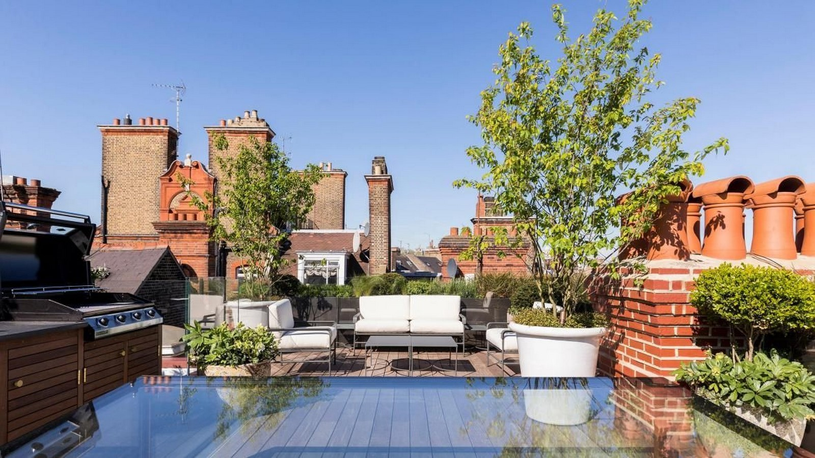10 things to remember when designing rooftop gardens - Sheet11
