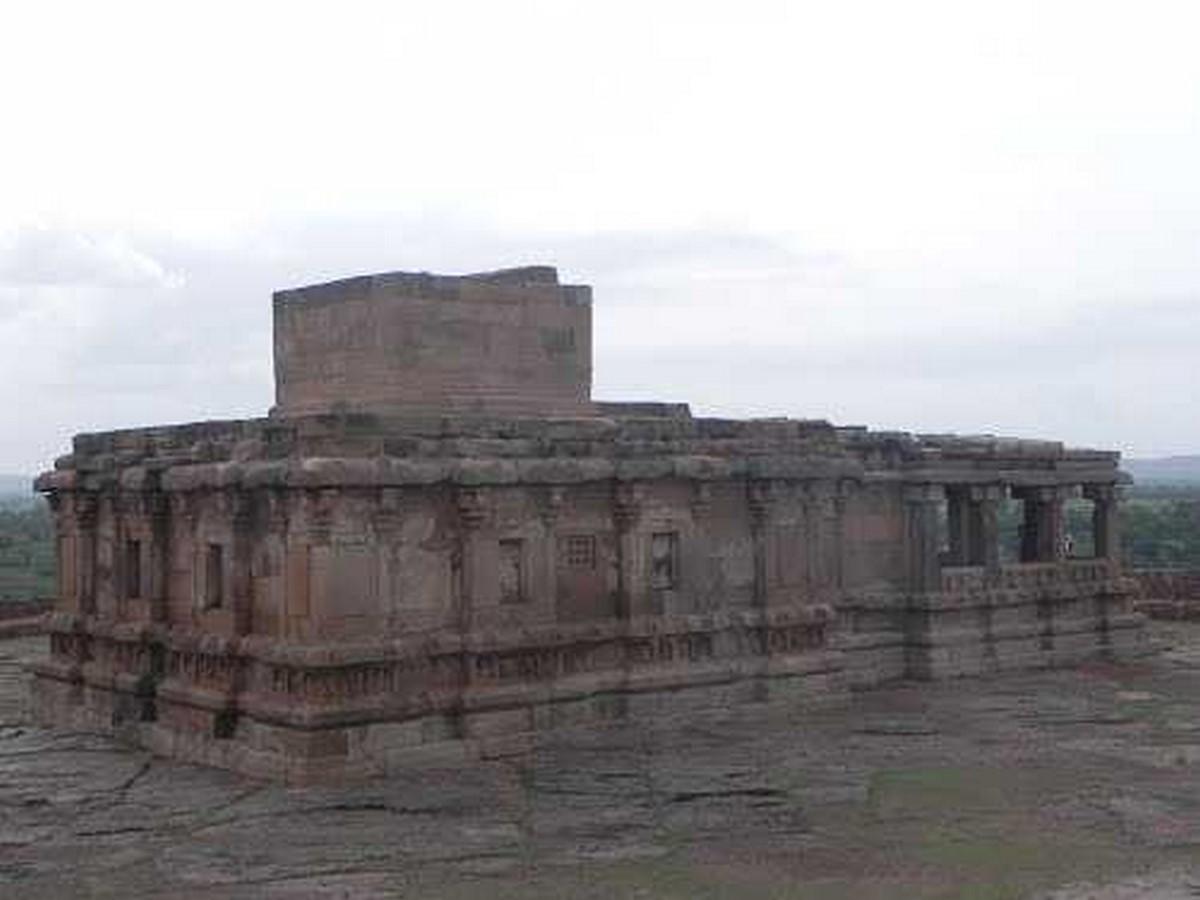 Jainagudi Temple