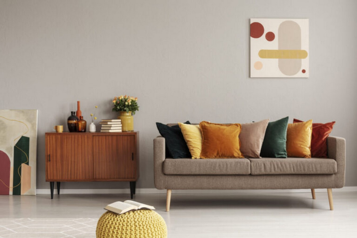 30 Examples of split complementary color scheme in Interiors - Sheet3