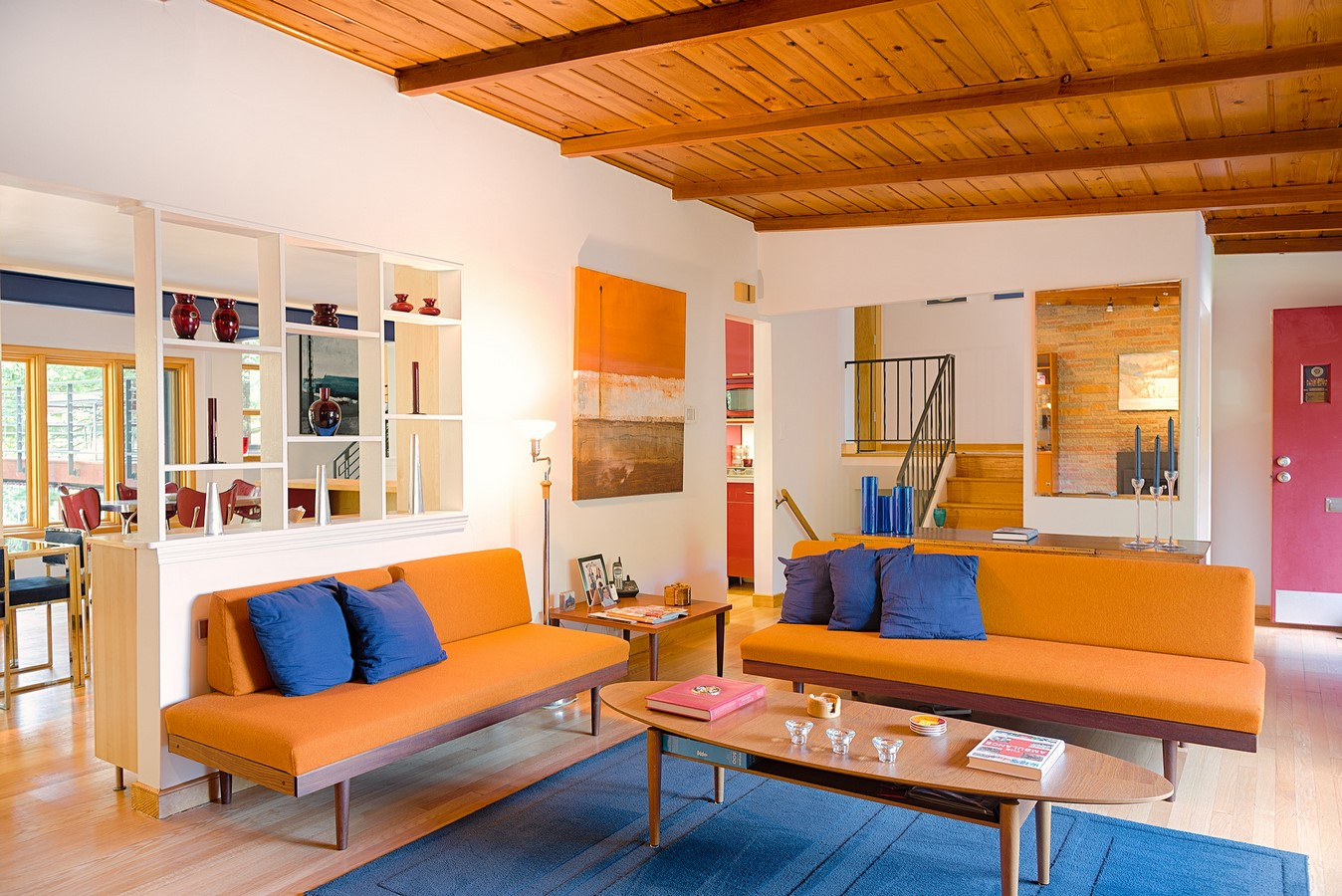30 Examples of split complementary color scheme in Interiors - Sheet6