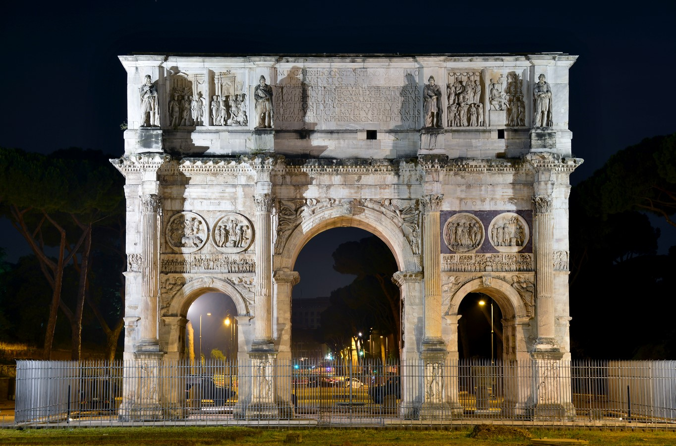 15 examples of historical gates around the world - Sheet14