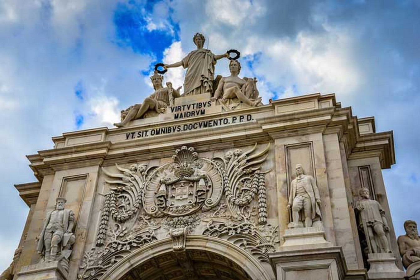 15 examples of historical gates around the world - Sheet19