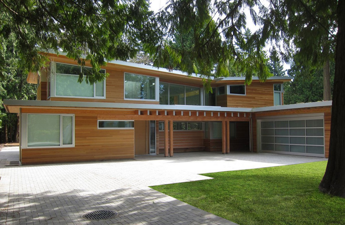 10 Examples of butterfly roofing in the Mid-Century Classic Architecture - Sheet11