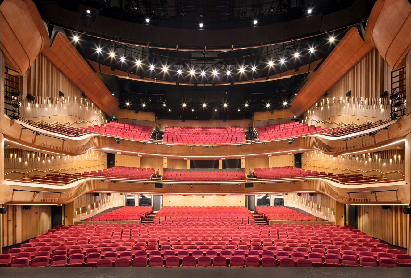 Her Majesty_s Theatre by Cox Architecture - Sheet2