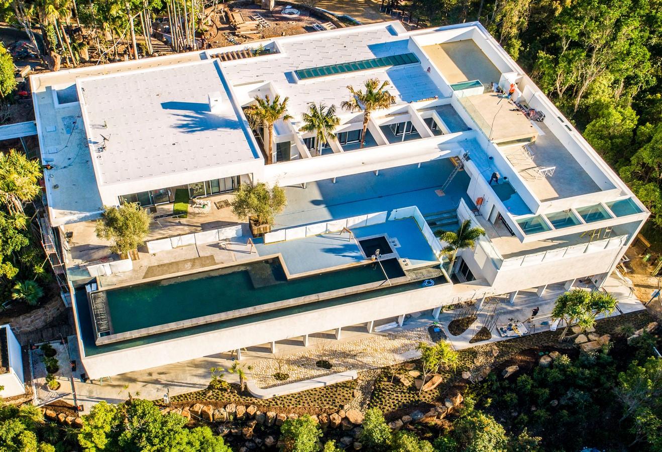Chris Hemsworth and Elsa Pataky's Byron Bay Mansion - Sheet1
