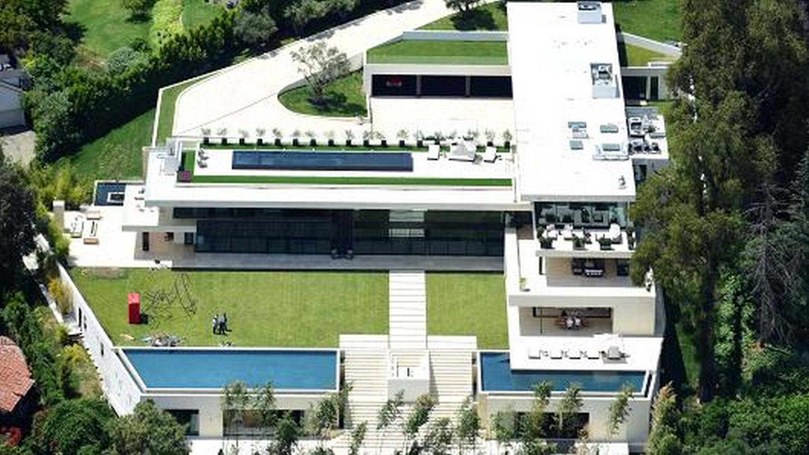 Beyonce and Jay-Z's Tiered Residence - Sheet1