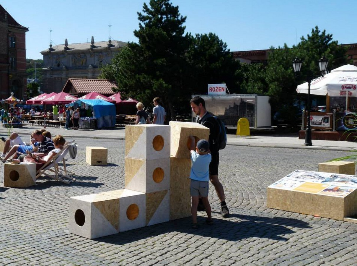 What are the benefits of Interactive and Participatory Public Urban Spaces - Sheet2