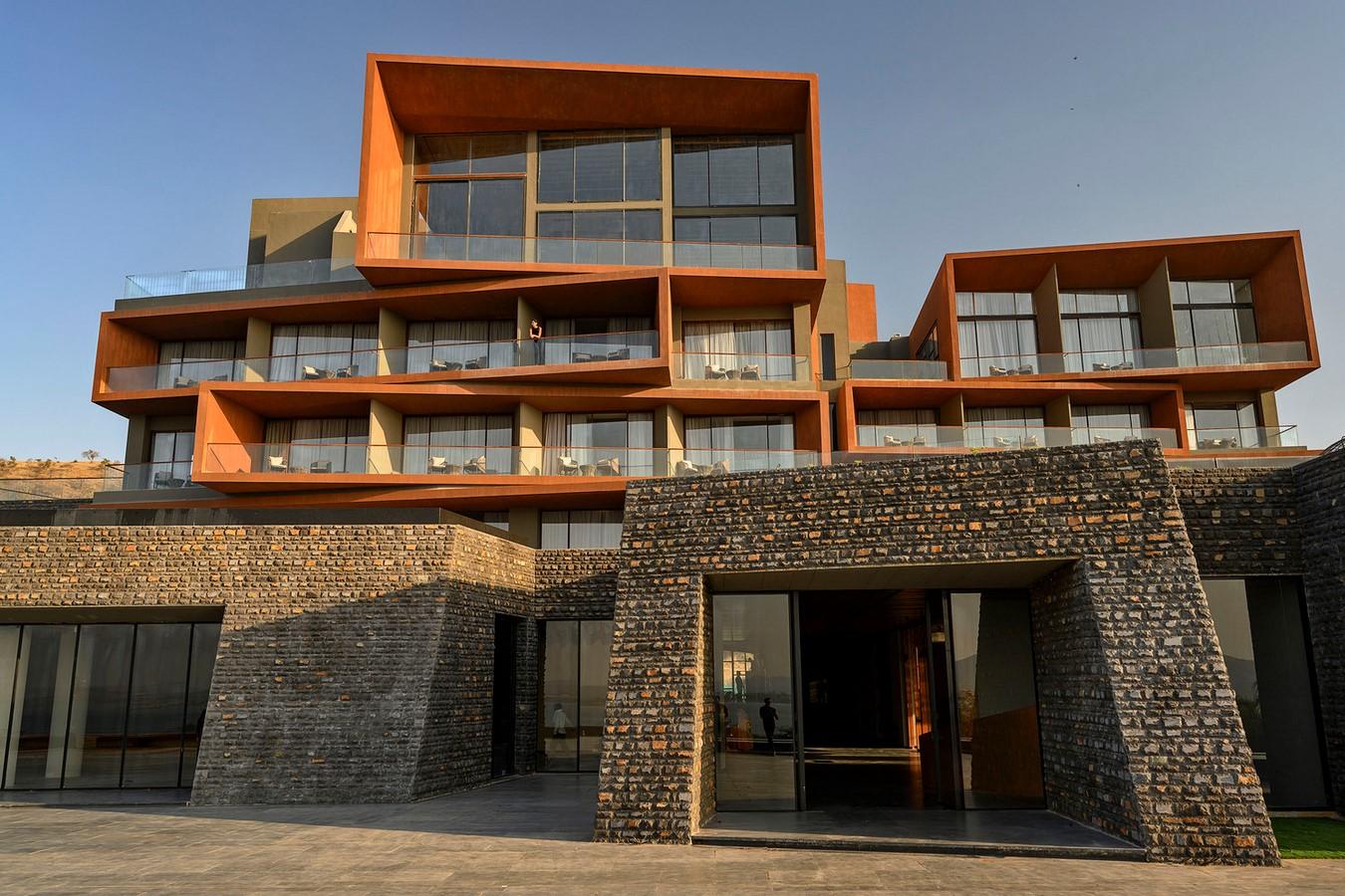 Aria Hotel by Sanjay Puri Architects: Capturing the Beauty - Sheet4