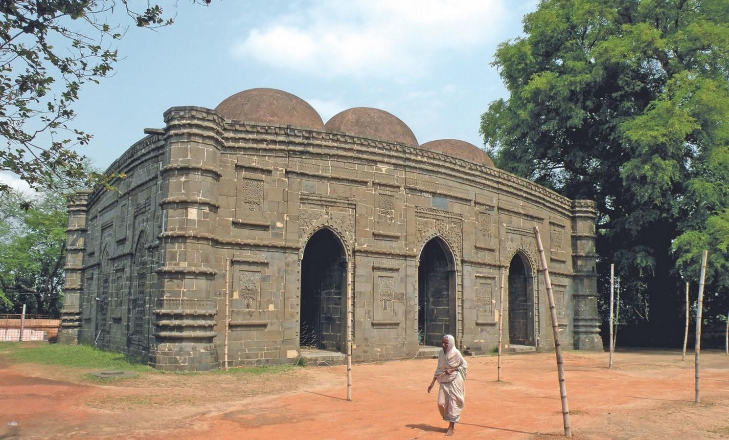 Heritage Mosques in Bangladesh - Sheet13