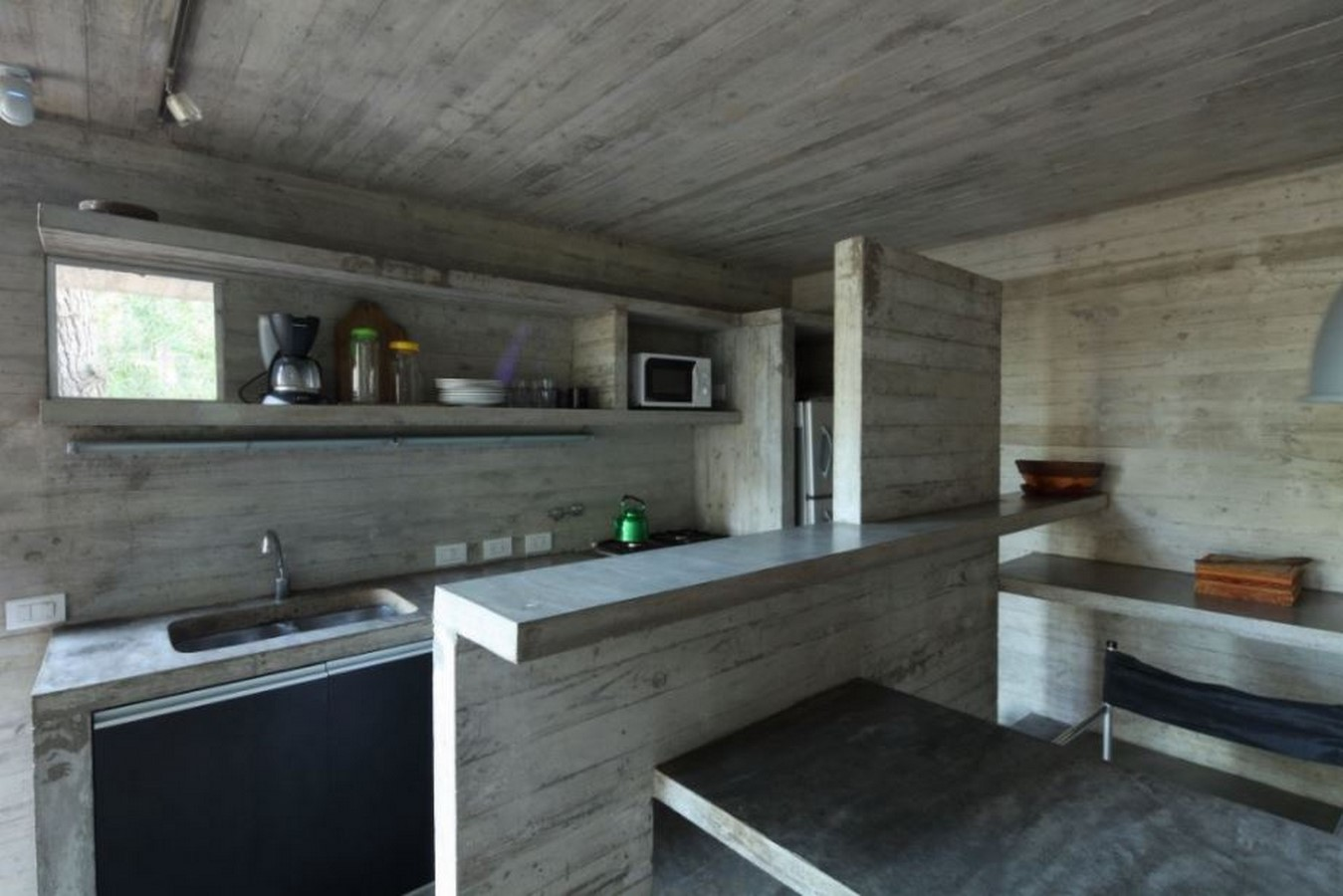 Kitchen in concrete