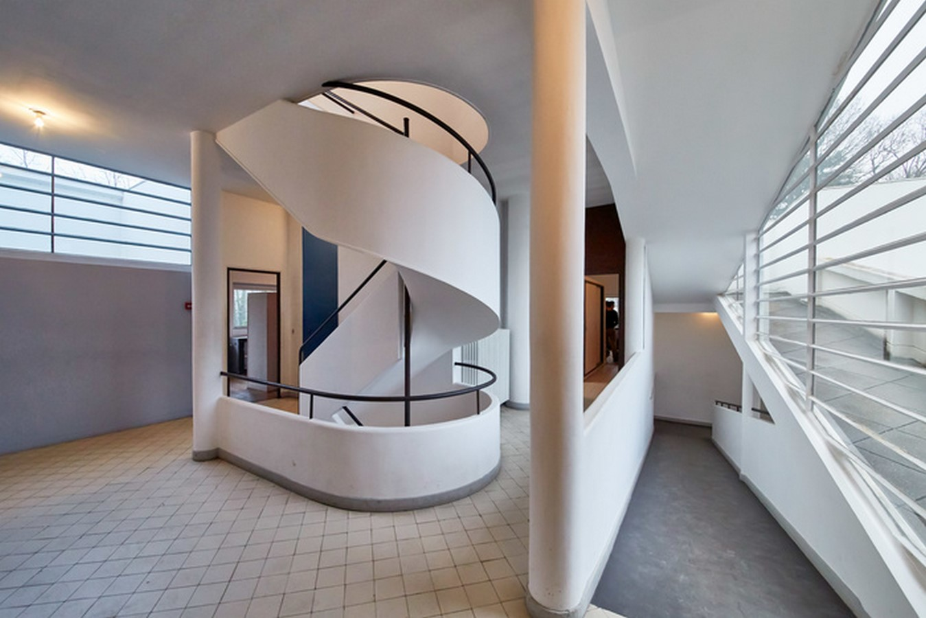 10 Things you did not know about Villa Savoye - Sheet3