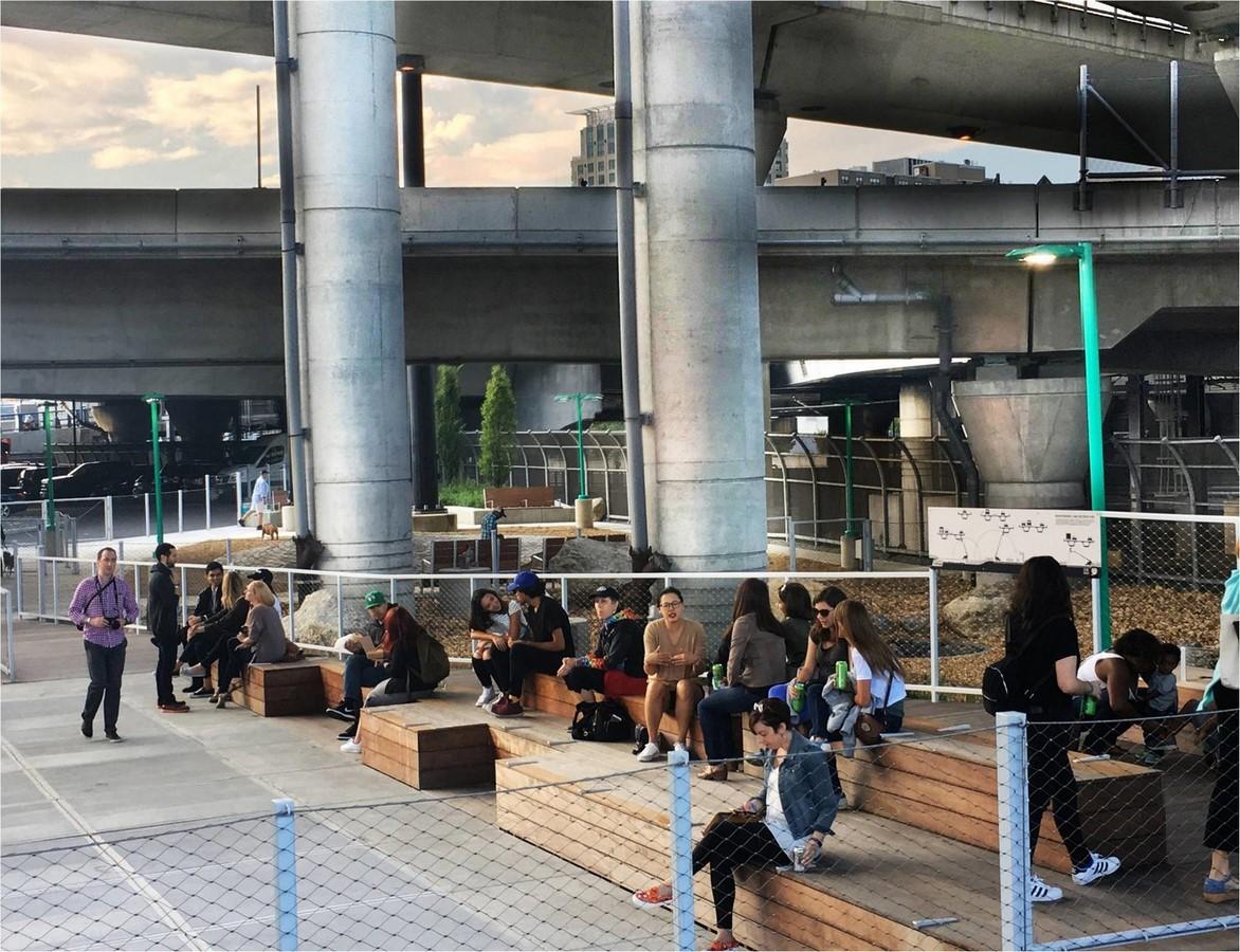 Urban regeneration through public space - Sheet18
