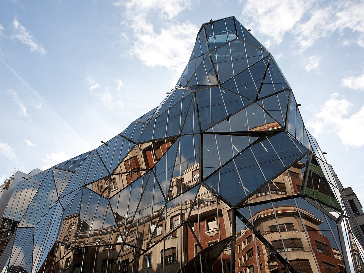 10 Examples where Origami meets Architecture - Sheet1