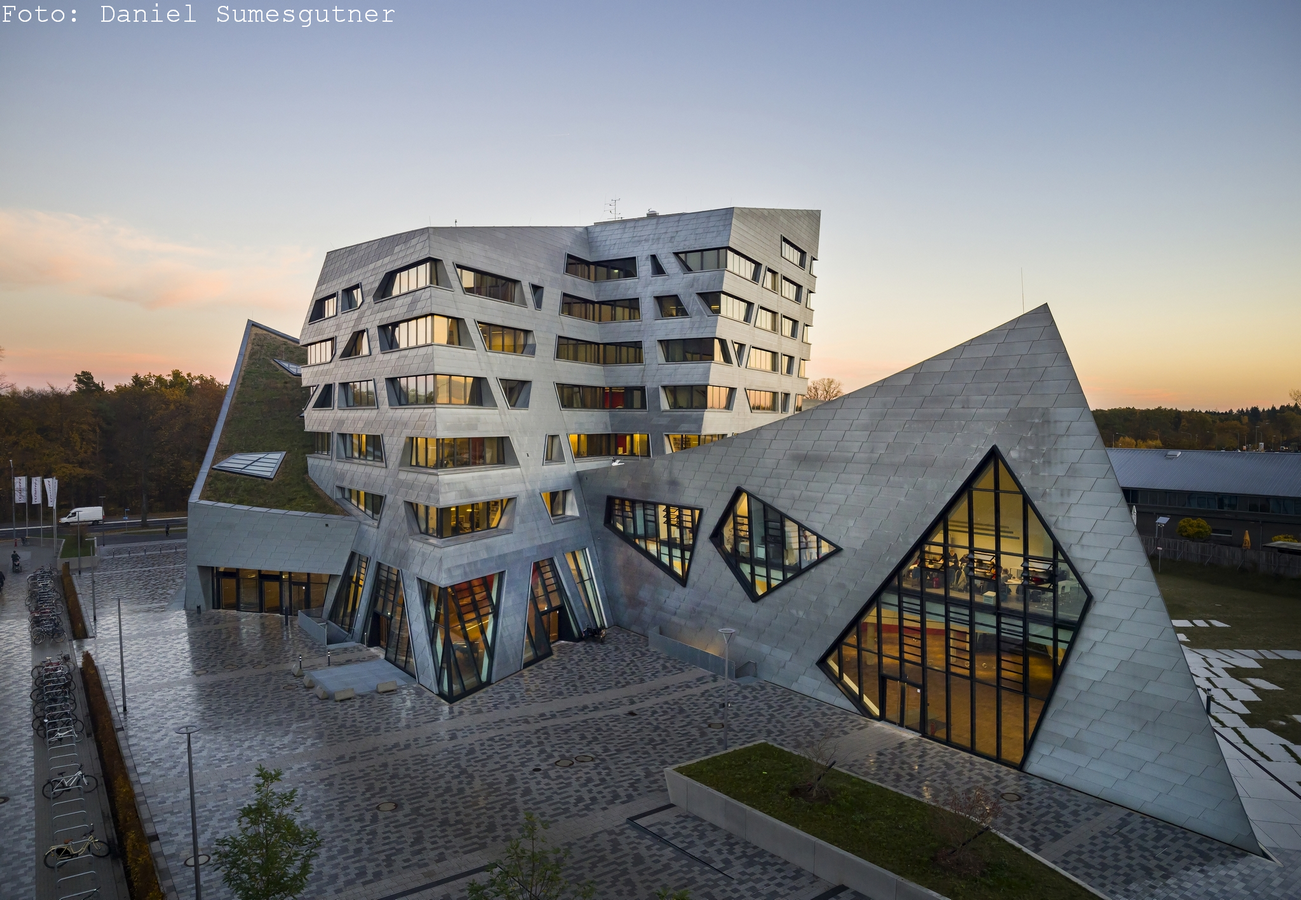 Zentralgebäude by Daniel Libeskind: An Ambitious Project - Sheet1