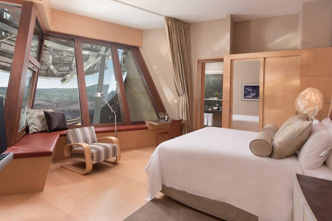 Hotel Marqués de Riscal Spain by Frank Gehry: Vintage experiences through Modern Approach - Sheet12
