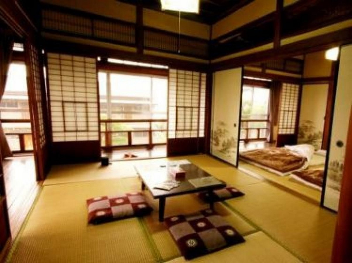 The rise of Japanese Furniture - Sheet2
