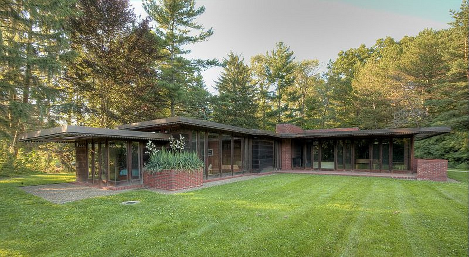 An overview of Usonian architecture - Sheet3