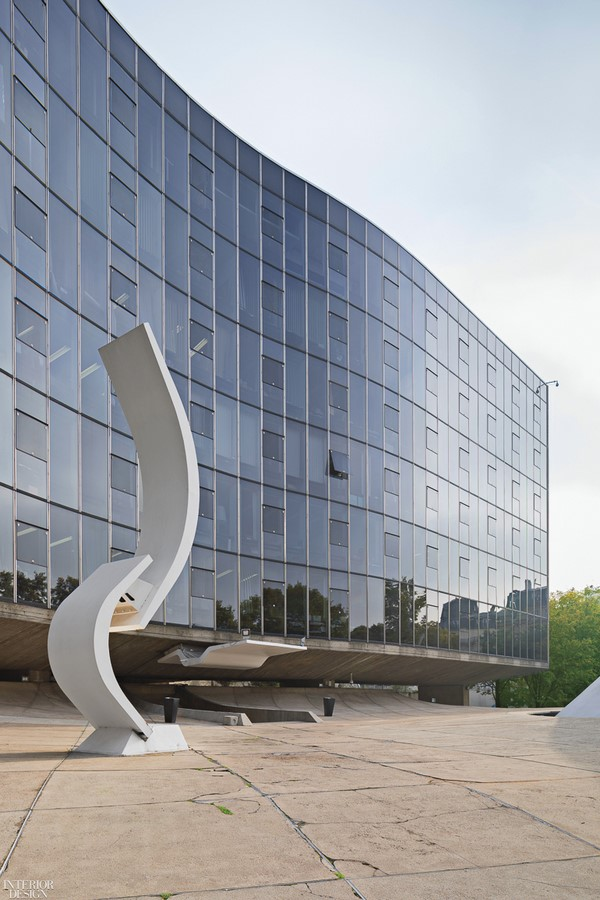 French Communist Party Headquarters by Oscar Niemeyer: Along with the City - Sheet4