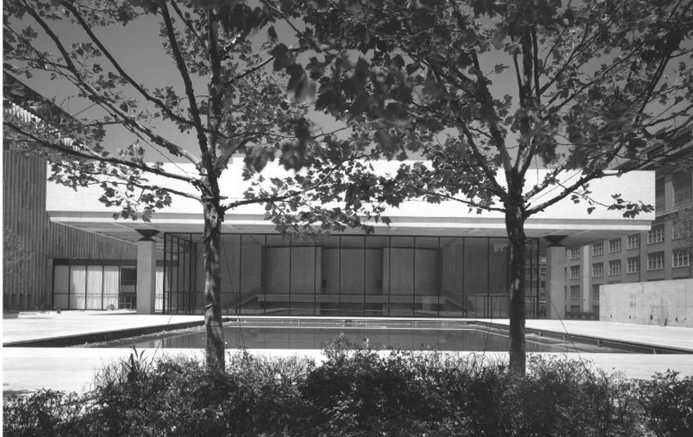 Vivian Beaumont Theater by Eero Saarinen: Within the frames - Sheet4