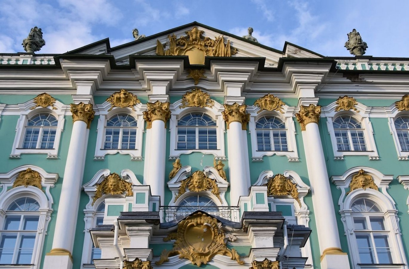 State Hermitage Museum by Francesco Bartolomeo Rastrelli: The second-largest art museum in the world - Sheet4