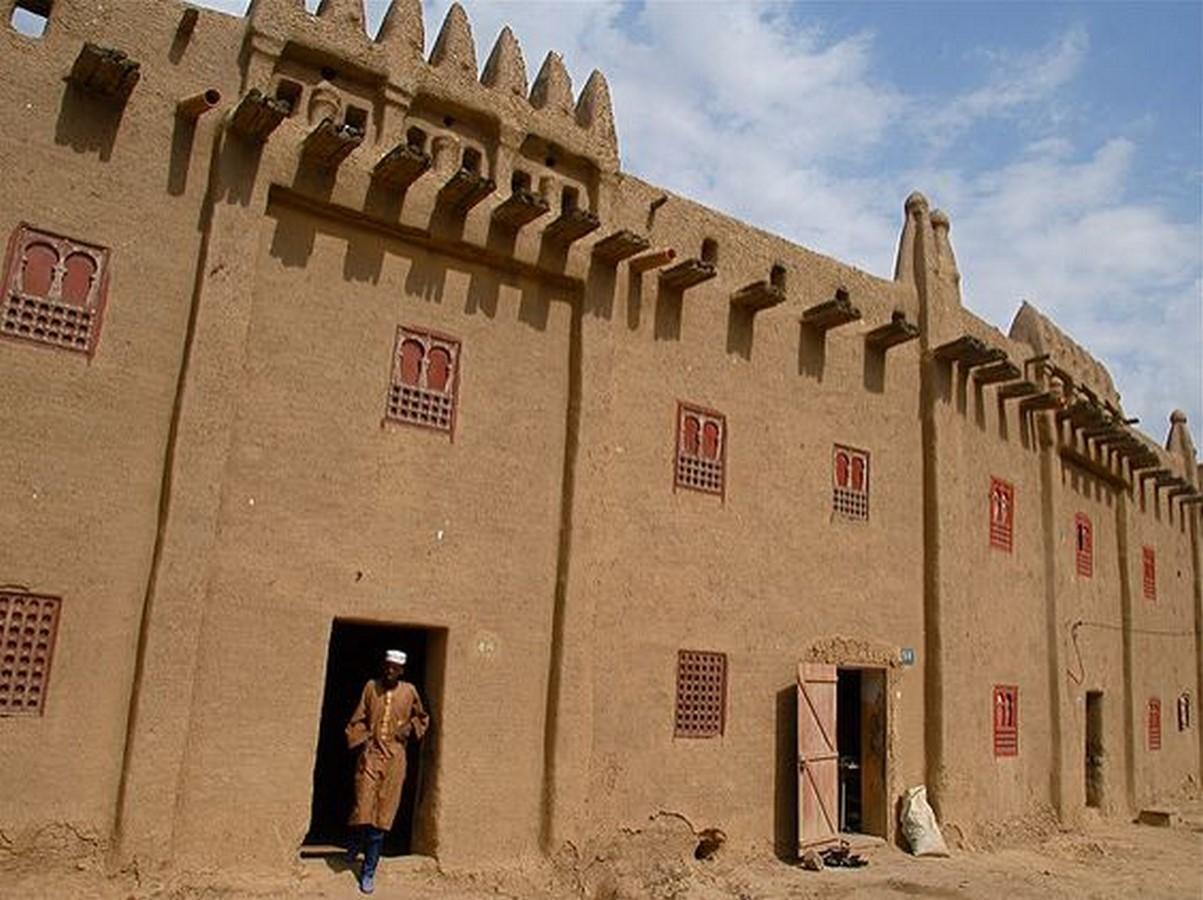 Characteristics of Sudano-Sahelian architecture - Sheet12