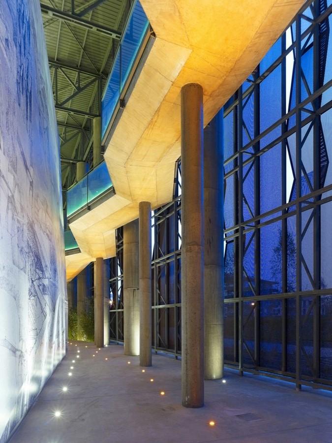Raif Dinçkök Cultural Centre - Shet3