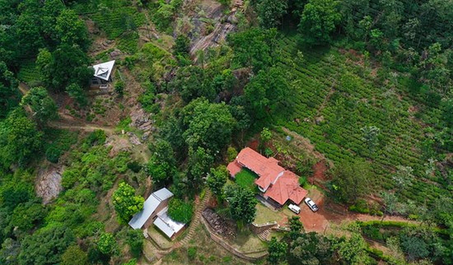 Hornbill House at Oland Estate by Chitra Vishwanath: End of the road property - Sheet2