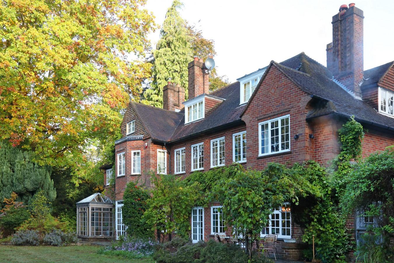 Surrey Private Residence by Ana Engelhorn Interior Design Ltd - Sheet1