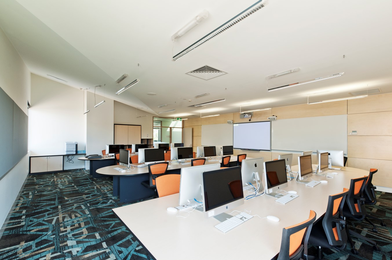 21 PLC Learning Resource Centre by Cox Architecture - Sheet2