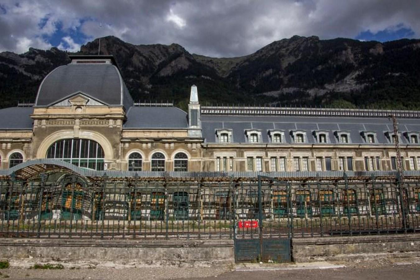 Canfranc International Railway Station - Spain - Sheet1