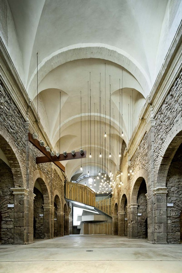 15 Historical Buildings With Modern Interiors - Sheet56