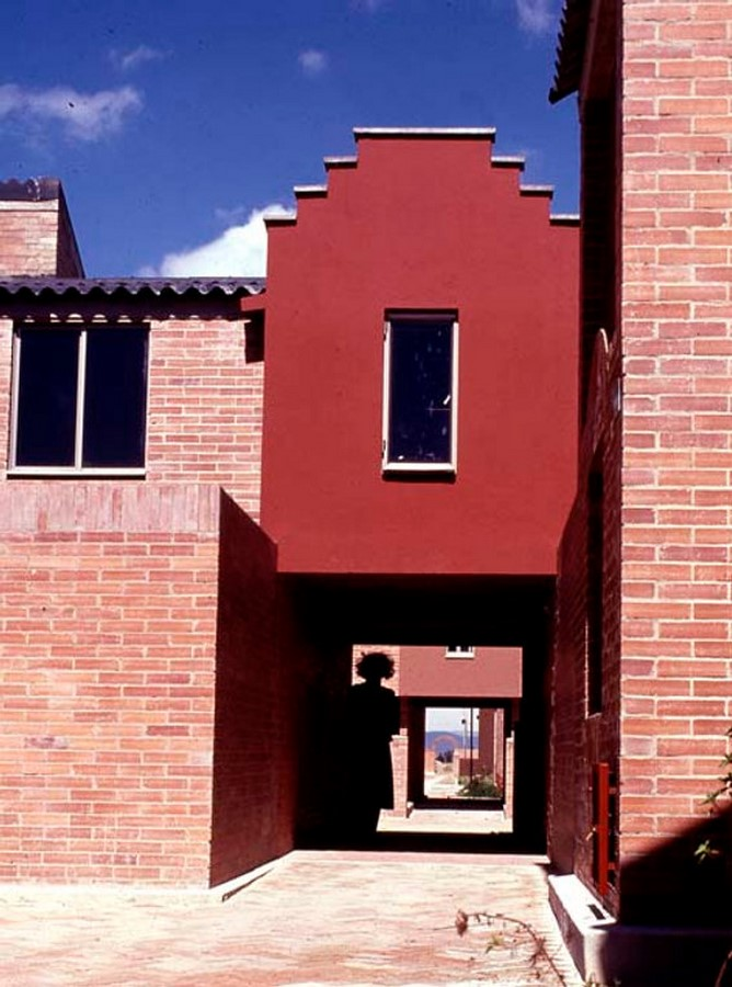 The Story of a House: Ten Houses in Bogotá - Sheet31